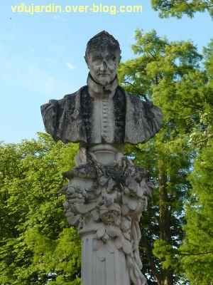 Tours, Ronsard par Delpérier aux jardins d'Oe, 4, le buste de Ronsard