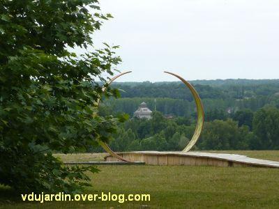 Chaumont-sur-Loire 2011, le parc, Dominique Bailly, 5, le chemin de Diane, vers les monuments