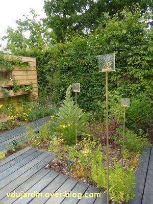 Chaumont-sur-Loire, festival 2011, le jardin 22, 6, des graines dans des inclusions