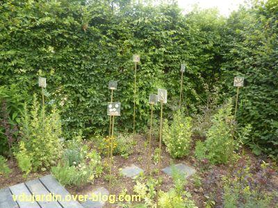 Chaumont-sur-Loire, festival 2011, le jardin 22, 7, les étiquettes de graines