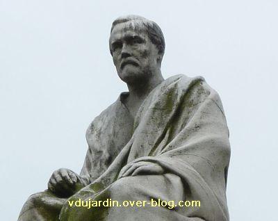 Paris, monument à Pasteur par Falguière, 05, détail de Louis Pasteur