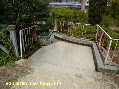 Poitiers, l'ancien sanatorium, 1, l'escalier d'accès depuis l'hôtel-Dieu