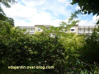 Poitiers, l'ancien sanatorium, 3, vue générale... masquée par les arbres