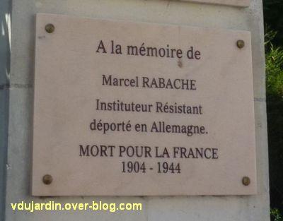 Ecole Mirabeau à Tours, plaque commémorant la déportation de l'instituteur Marcel Rabache