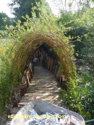 Chaumont-sur-Loire, festival 2011, le jardin 4, 2, le tunnel en osier vivant
