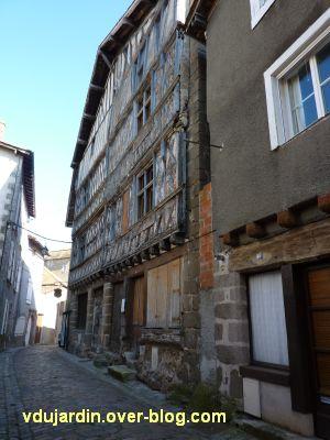 Confolens, maisons à pan de bois, 2, maison du duc d'Epernon