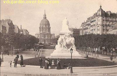 Paris, monument à Pasteur par Falguière, Carte postale ancienne, 6, vu de dos