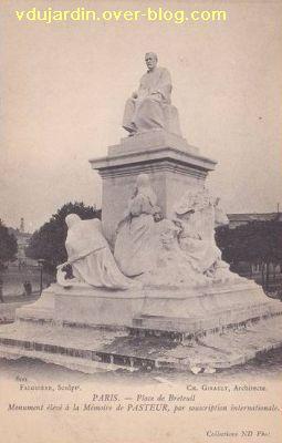 Paris, monument à Pasteur par Falguière, Carte postale ancienne, 8, vue de trois quarts