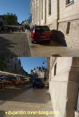 Poitiers, ville inaccessible au handicap, 15, bande de roulement du marché pleine de voitures