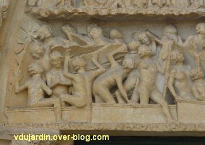 Poitiers, le jugement dernier de la cathédrale, 02, partie gauche de la résurrection des morts