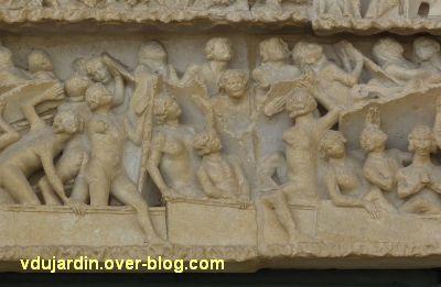 Poitiers, le jugement dernier de la cathédrale, 03, résurrection des morts