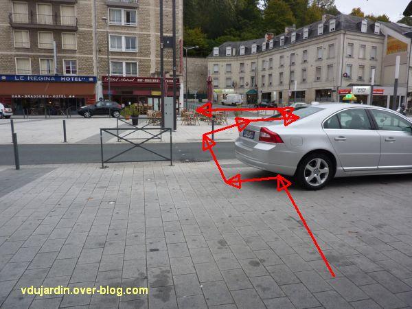 Poitiers, le rond-point de la gare pour aveugles kamikazes, 3, traversée dangereuse