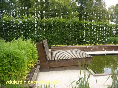 Chaumont-sur-Loire, festival 2011, le jardin 23, 5, une mare au pied du lit