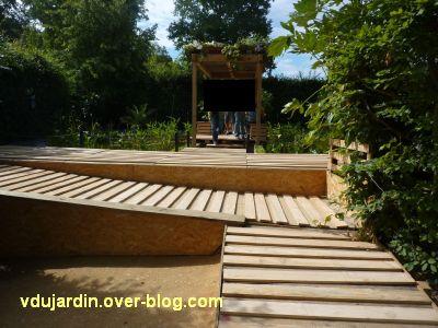 Chaumont-sur-Loire, festival 2011, le jardin 3, 1, vu depuis l'entrée