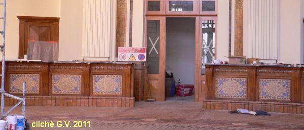 Poitiers, l'intérieur de la poste, 5, guichets sacrifiés, cliché G.V.