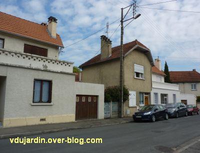 Poitiers, rue Gabillet, vue 2, la cité