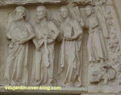Poitiers, cathédrale, portail de Thomas, 06, registre inférieur, groupe à droite
