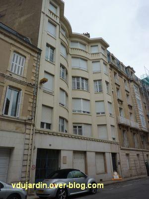 Poitiers, immeubles des frères Martineau, vue 1, rue des écossais, façade