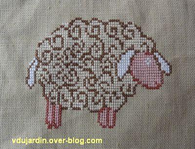 un mouton brodé pour noël 2011