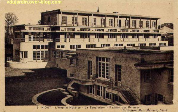 Niort, le sanatorium de l'hôpital sur une carte postale ancienne