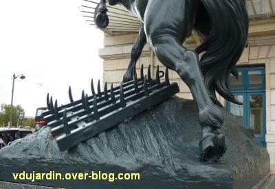 Paris, le cheval de l'ancien palais du Trocadéro, 7, la herse