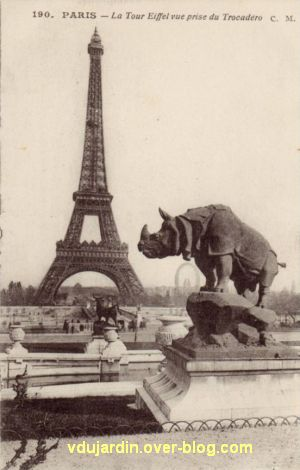 Paris, l'ancien palais du Trocadéro, carte postale ancienne, le rhinocéros, 2