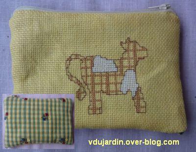 Une pochette avec une vache pour Marquise la Vache