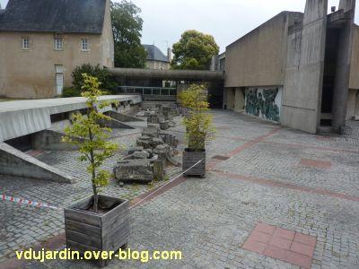 Poitiers, le musée Sainte-Croix, 02, entrée du musée