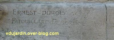 La Rochelle, monument à Fromentin par Dubois, 03, signatures du sculpteur et de l'architecte