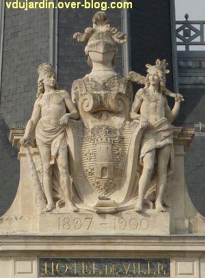 L'hôtel de ville de Niort, 4, le blason