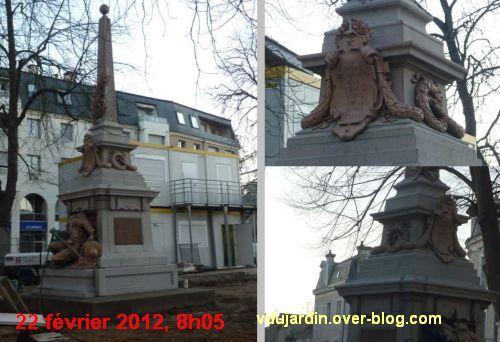 Le monument aux morts de 1870 de Poitiers, après le sablage, le 22 février 2012 à 8h05, 2