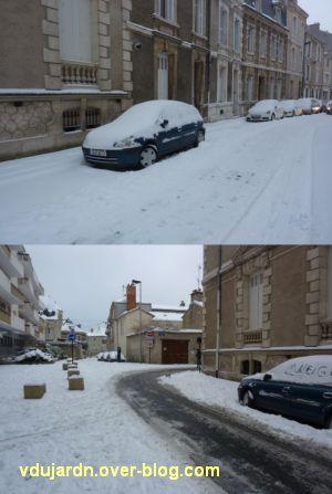 Défi photo, Poitiers en blanc, février 2012, 3, rue Renaudot, ele 5, en haut au matin, en bas PM
