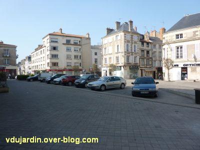 Incivilités à Poitiers, mars 2012, 6, place Lepetit