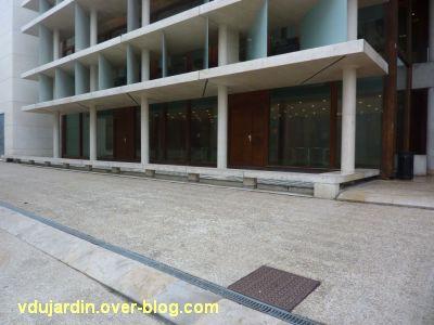 Poitiers, la médiathèque, 3, la façade est