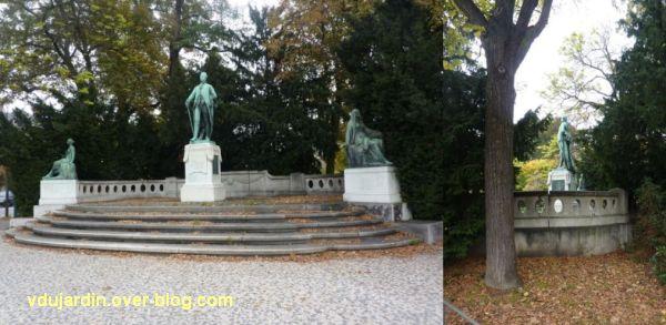 Le monument Goethe à Strasbourg, 1, vu de loin