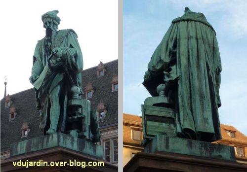Strasbourg, monument Gutenberg, 4, vu de face et de dos