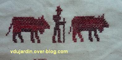 La broderie pour le concours de Nans-sous-Sainte-Anne en 2012, 5, deux vaches et un vacher