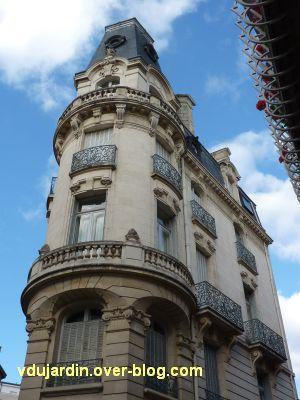 Poitiers, la banque de France, 5, angle des rues Oudin et de l'Eperon, partie haute