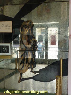 Miroir de l'ancien théâtre de Poitiers, 09, la critique