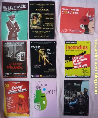 Capucine en avril 2012, 03, cartes à publicité
