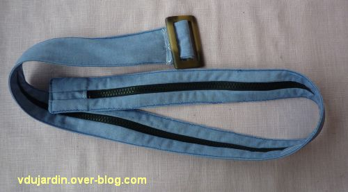 Une ceinture à billets pour Zazimuth