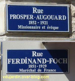 Les plaques des rues Augouard et Foch à Poitiers
