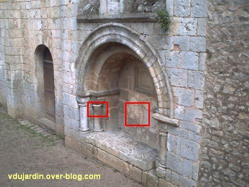 Poitiers, le tombeau de Constantin de Melle, emplacement des grafittis médiévaux