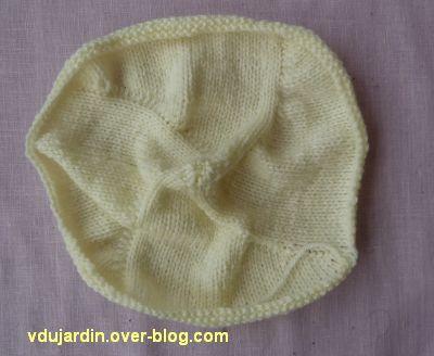 Un doudou au tricot, 1, le ventre