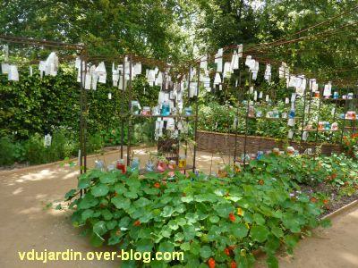 Chaumont-sur-Loire, festival des jardins 2012, jardin 1, 1, vu depuis l'entrée