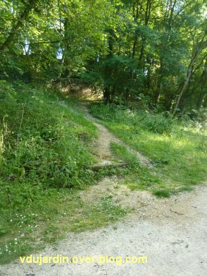 Poitiers, chemin du tram, 5, remontée vers Beljouanne et le chemin haut