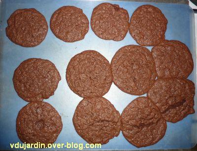 Cookies tout chocolat, la première fournée