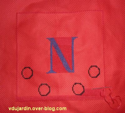 Le N pour la bannière de Kutzenhausen, 1, le début
