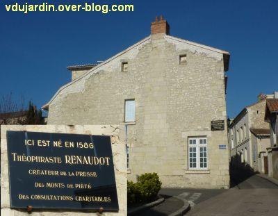 Le musée Théophraste Renaudot à Loudun et sa plaque commémorative