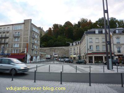 Poitiers, les hôtels de la gare en 2010, 3, face à la gare